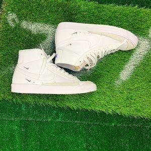 Nike Blazer Mid 77 'Floral'